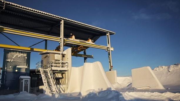 Stillastående maskiner vid Northland Resources nedlagda gruva i Kaunisvaara. Foto: Emma-Sofia Olsson/TT